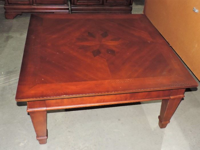 STAR DESIGNED COFFEE TABLE