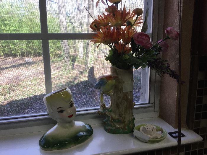 Head vase and flower vase