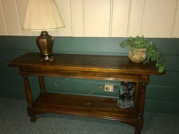 Foyer/sofa table