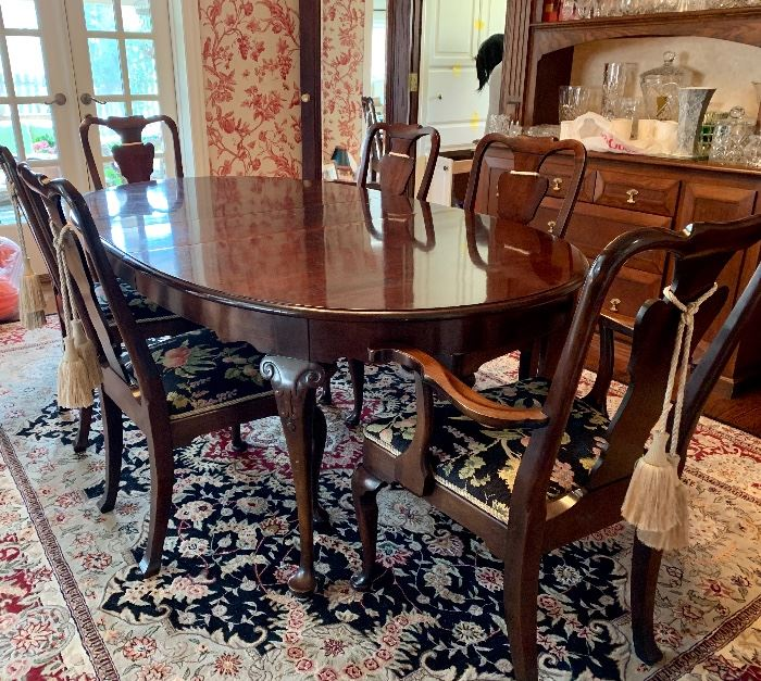 Dramatic and impressive  Queen Anne dining room suite - 6 chairs, 2 leaves and pads. RUG NOT FOR SALE