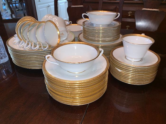 12 pc setting - Oxford Bone China by Lenox - Bennington