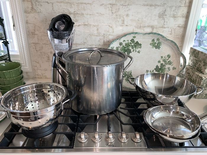 Pots and Pans-everything is in wonderful condition