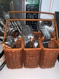 flatware caddy and silverware