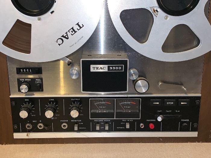 Teac 3300 Reel to Reel stereo tape player recorder
