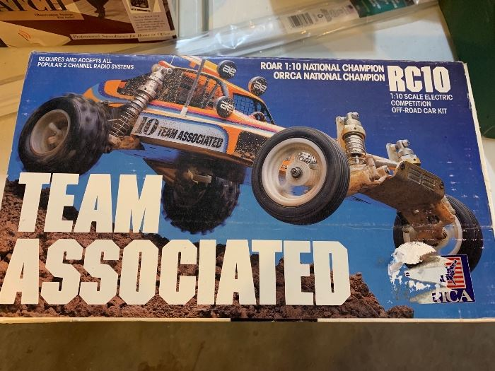 Unopened Team Associated RC10  - 1:10 scale car kit