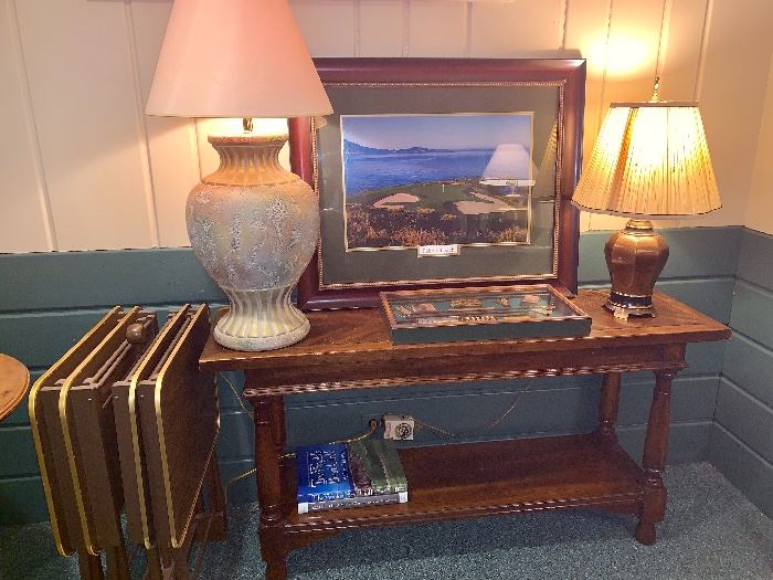 Staged- foyer table, 2 lamps, pictures, snack tray tables