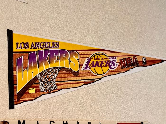 Los Angeles Lakers pennant