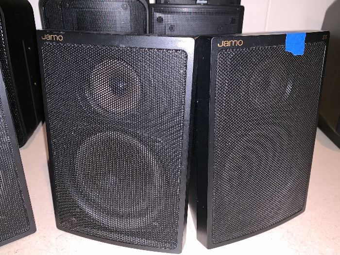 Pr. of Jamo speakers