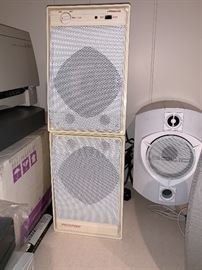 Recoton speakers