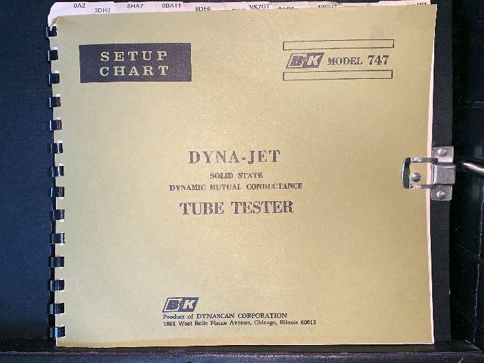 B&K Prod. by Dynascan Corp. - Dyna-Jet Tube Tester Model 747
