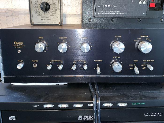 Sansui Stereo Amplifier AU-555A