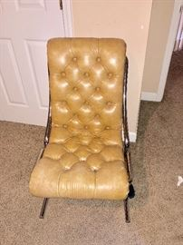 Leather/vinyl sling back chair
