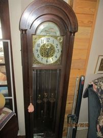 "Colonial MFG Zeeland Mi. Winterhalder & Hofmeier movement, 7 tube chime 77"" tall Honduran Mahogany NICE"