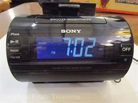 Sony ICF-C11iP iPhone Charger and Alarm Clock