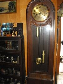 WORKING late 1800's, early 1900's grandfather clock