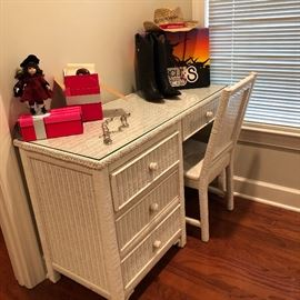 Vintage well made white wicker desk with glass top and chair. For schoolwork or your new vanity