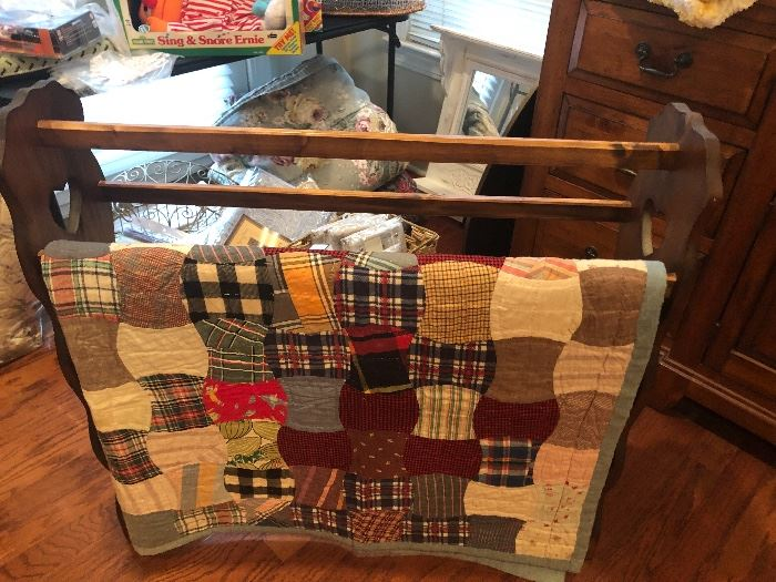 Nice quilt rack and patchwork vintage hand done quilt