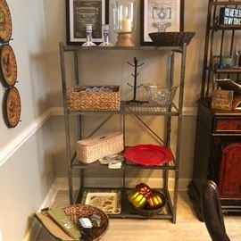 the dining room is still in progress. Lots of nice decorative accessories and well made baskets