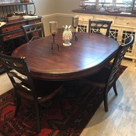 another view of this gorgeous table