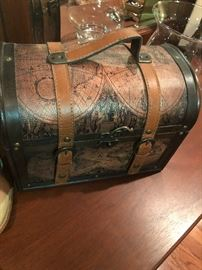 another Old World style box with leather straps
