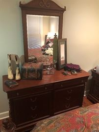 Mahogany dresser with mirror. Classic design. Nice hardware. Great storage. Match to the bed and other pieces