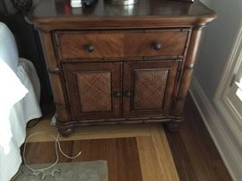 Haverty's one of two night chests