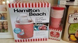 New ice cream maker set