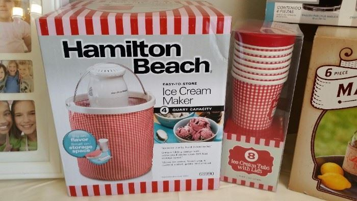 New ice cream maker set