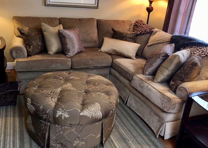 Like new upholstered sectional sofa with ottoman