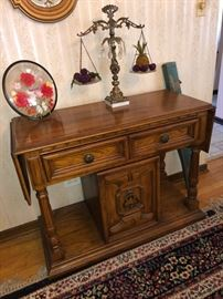 Sideboard with drop leafs