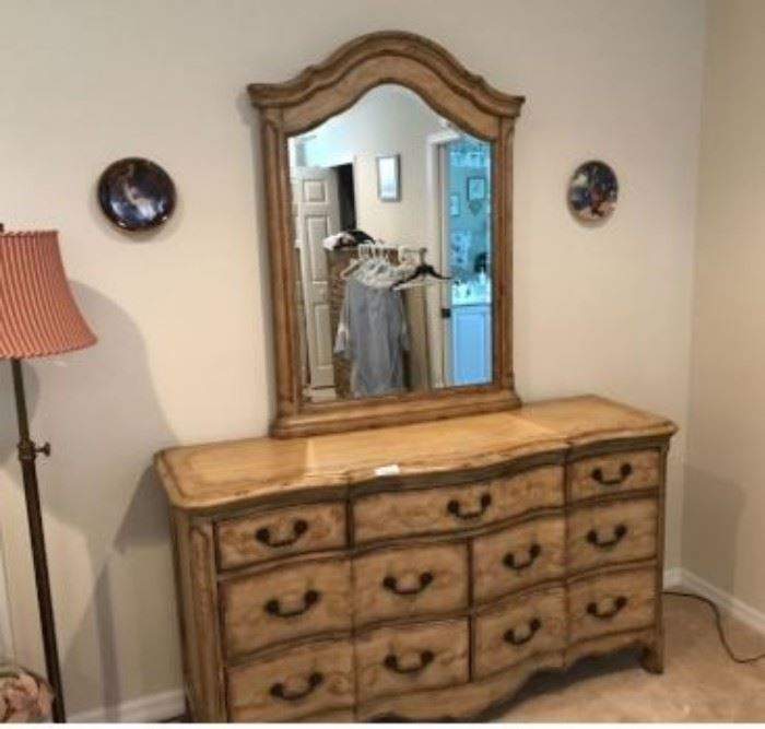 $200.  Bedroom dresser with mirror.   Excellent condition.    All items MUST be picked up on March 21st or 22nd only.  If you are unable to do this please email rcullen@virtualparalegalny.com PRIOR to purchasing. Sale has a house full of items available for sale, you are welcome to shop when you pick up your purchased items.  Lots of home decor, 2 closets FULL of ladies clothes and shoes, all like new and name brand, garage stuff, kitchen stuff etc. GREAT PRICES!