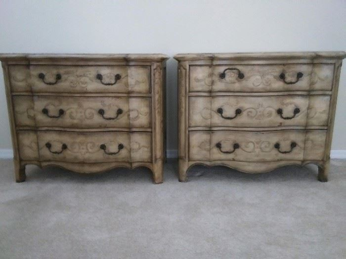 """$150.  Two bedroom dressers.  Great condition.   43"""" x 21"""".  All items MUST be picked up on March 21st or 22nd only.  If you are unable to do this please email rcullen@virtualparalegalny.com PRIOR to purchasing. Sale has a house full of items available for sale, you are welcome to shop when you pick up your purchased items.  Lots of home decor, 2 closets FULL of ladies clothes and shoes, all like new and name brand, garage stuff, kitchen stuff etc. GREAT PRICES!"""
