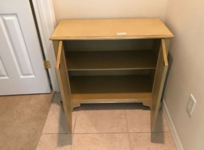 $50.  Palm cabinet (photo 2).   All items MUST be picked up on March 21st or 22nd only.  If you are unable to do this please email rcullen@virtualparalegalny.com PRIOR to purchasing. Sale has a house full of items available for sale, you are welcome to shop when you pick up your purchased items.  Lots of home decor, 2 closets FULL of ladies clothes and shoes, all like new and name brand, garage stuff, kitchen stuff etc. GREAT PRICES!