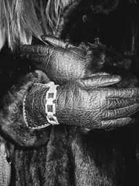 Leather driving gloves beautiful plush mink.