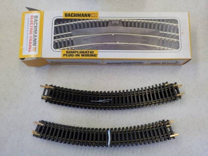 Bachmann simplimatic plug in HO track set up