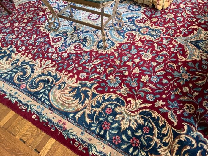 92. Sultanabad Indian Wool Rug (15' x 12')