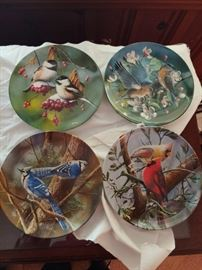 Knowles Bird Themed Plates