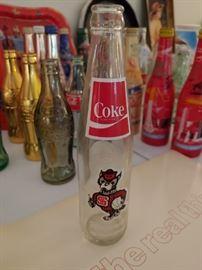Wolfpack Bottle