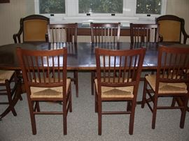 Double base dining table w/8 chairs