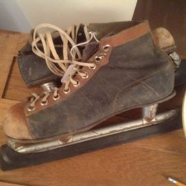Vintage racing ice skates