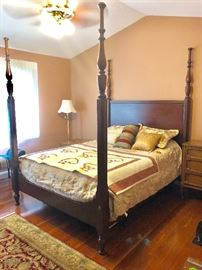 Gorgeous PENNSYLVANIA HOUSE CHERRY FOUR POSTER BED. WE ALSO HAVE THE QUEEN TEMPURPEDIC PRICED SEPERATELY
