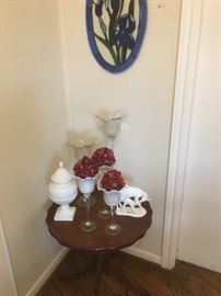 Decorative table