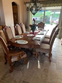 Elegant dining table with 12 chairs leather with cloth