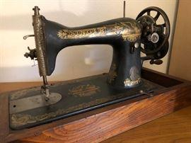 Antique Singer Sphinx model hand-crank sewing machine, circa 1910