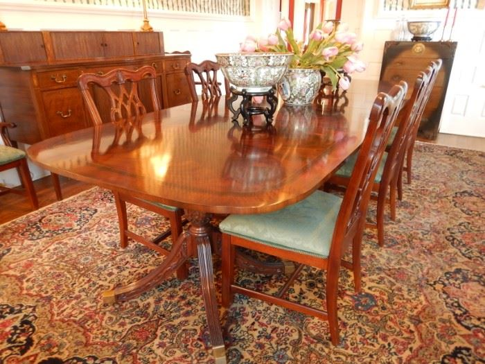 DOUBLE PEDESTAL BANDED DINING ROOM TABLE AND 8 CHAIRS