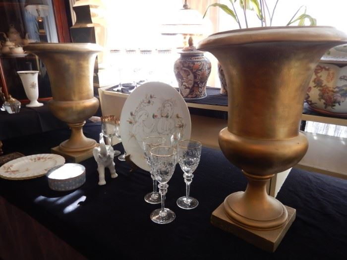 PAIR OF GOLD URNS