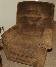 ELECTRIC LIFT CHAIR ~ WIDE MODEL