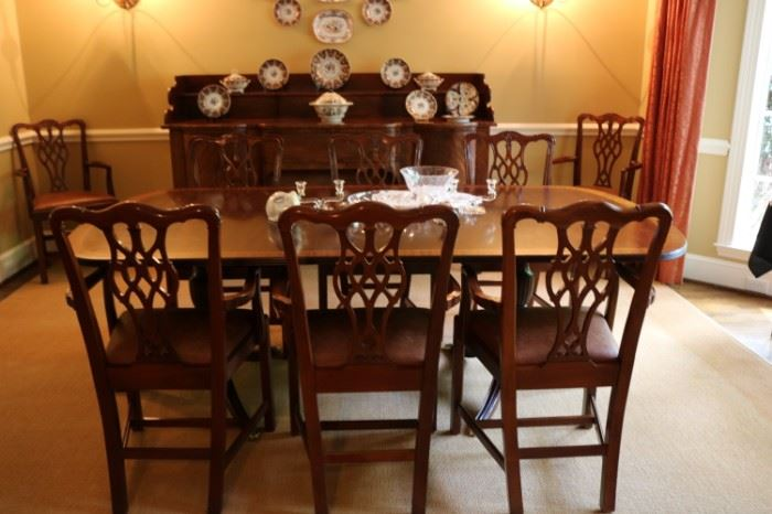 VINTAGE MAHOGANY DINING  TABLE DUNCAN PHYFE STYLE BRASS CLAW FEET & Hickory Chairs