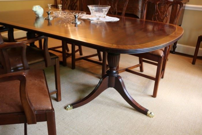 VINTAGE MAHOGANY DINING TABLE DUNCAN PHYFE STYLE BRASS CLAW FEET