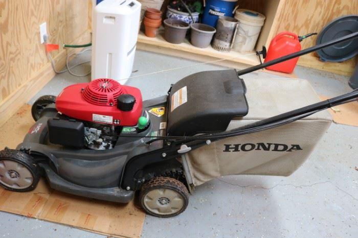 Honda Versamow Lawn Mower